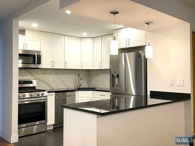 2000 Linwood Avenue #9R, Fort Lee, NJ 07024 - MLS#: 21009936