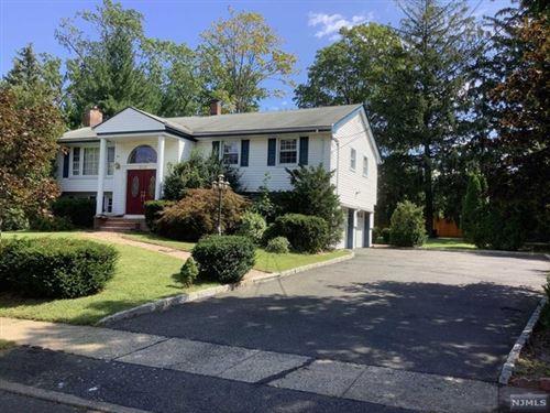 Photo of 658 Yorktown Place, Paramus, NJ 07652 (MLS # 21040941)