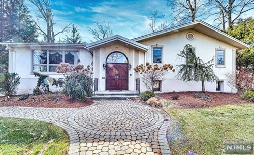 Photo of 224 Fairview Avenue, Englewood Cliffs, NJ 07632 (MLS # 21002945)