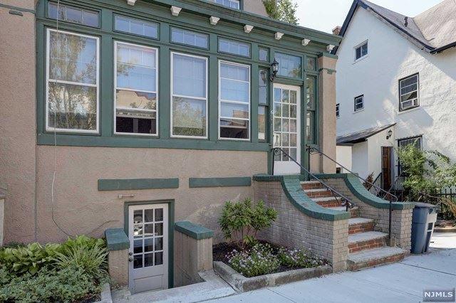 6 Burr Place, Weehawken, NJ 07086 - MLS#: 20025984