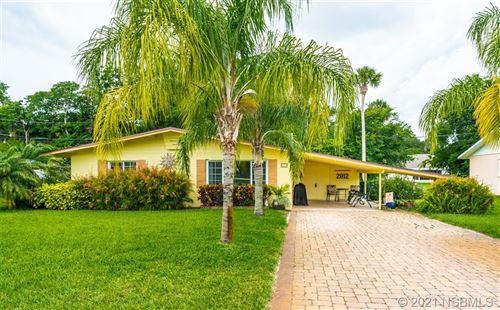 Photo of 2812 Mango Tree Drive, Edgewater, FL 32141 (MLS # 1064058)