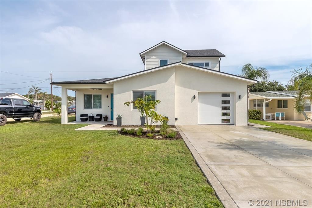 Photo of 818 E 25th Avenue, New Smyrna Beach, FL 32168 (MLS # 1064079)