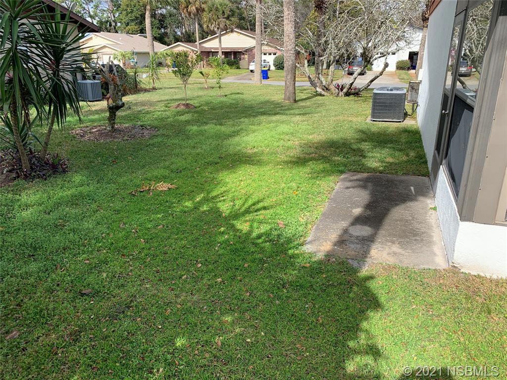 Photo of 304 Paradise Lane, Edgewater, FL 32132 (MLS # 1062193)