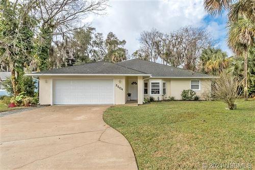 Photo of 2504 Kumquat Drive, Edgewater, FL 32141 (MLS # 1063418)