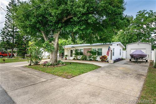 Photo of 924 Fernald Street, Edgewater, FL 32132 (MLS # 1063428)