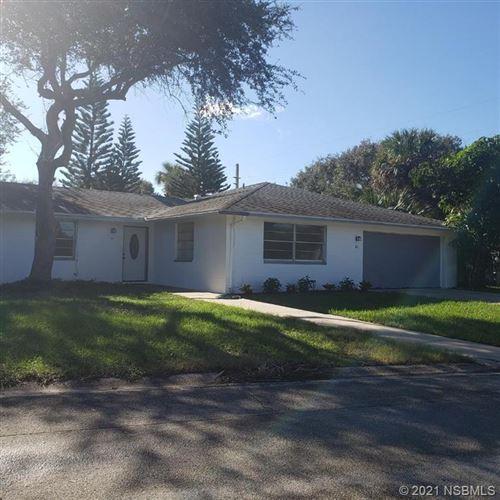 Photo of 801 Oakview Drive, New Smyrna Beach, FL 32169 (MLS # 1061476)