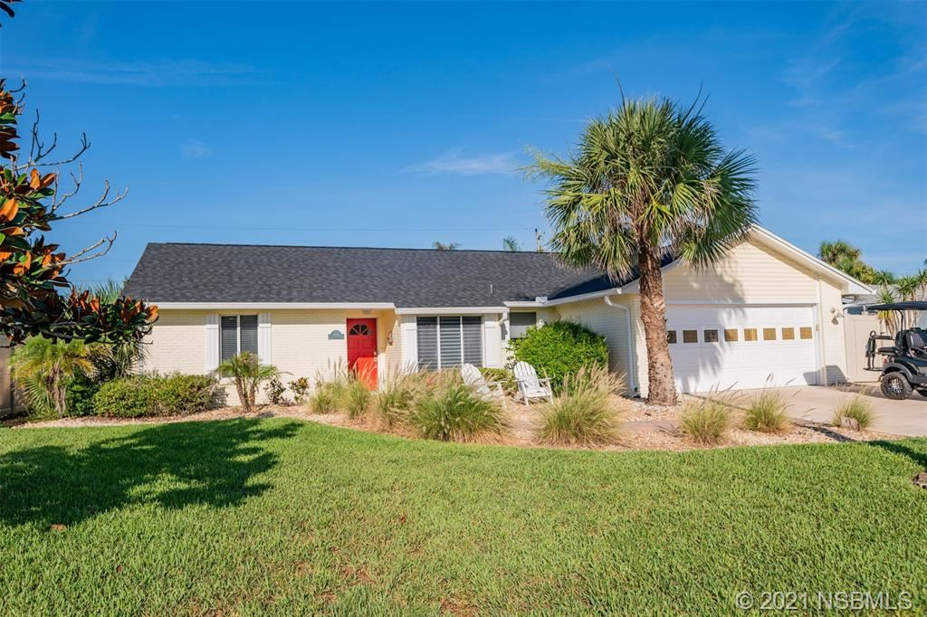 Photo of 4622 Katy Drive, New Smyrna Beach, FL 32169 (MLS # 1064484)