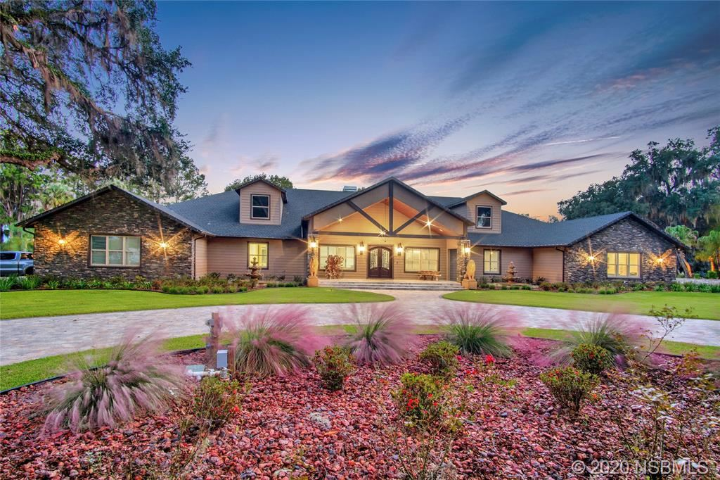 Photo of 7926 E SHANNON Court, Out of Area, FL 34450 (MLS # 1061516)