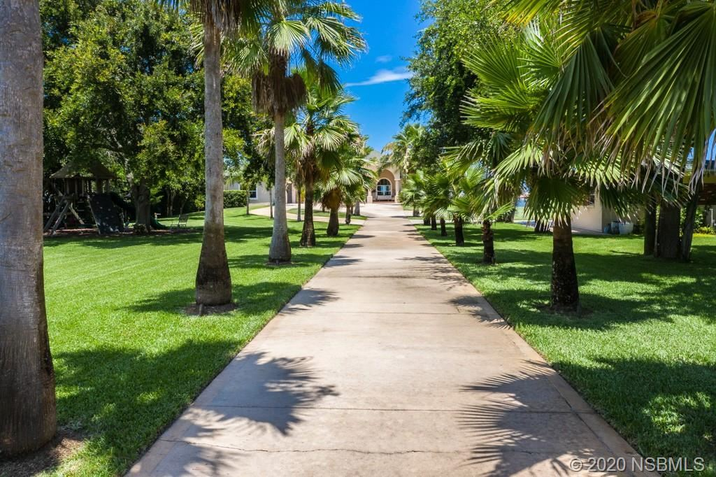 Photo of 1849 S Palmetto Avenue, South Daytona, FL 32119 (MLS # 1058787)