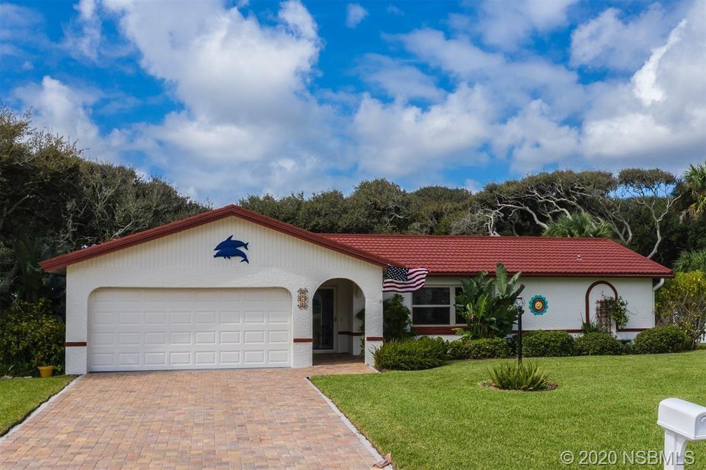Photo of 825 Oakview Drive, New Smyrna Beach, FL 32169 (MLS # 1060821)