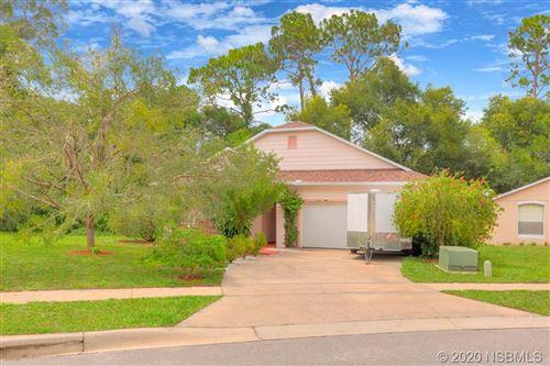 Photo of 343 Heritage Estates Lane, DeLand, FL 32720 (MLS # 1059950)