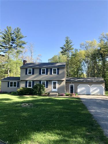 Photo of 7 Windsor Drive, Amherst, NH 03031 (MLS # 4807001)
