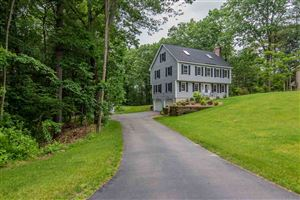 Photo of 6 Chartwell Court, Londonderry, NH 03053 (MLS # 4760003)