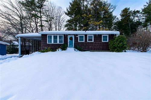 Photo of 7 Oak Hill Drive, Dover, NH 03820 (MLS # 4787013)