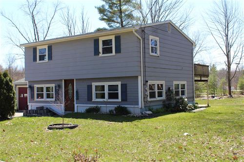 Photo of 82 1/2 Littleworth Road, Dover, NH 03820 (MLS # 4802083)
