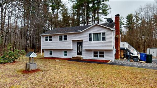 Photo of 11 Mountain Home Road, Londonderry, NH 03053 (MLS # 4800103)