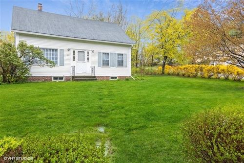Photo of 260 Island Pond Road, Manchester, NH 03109 (MLS # 4859126)