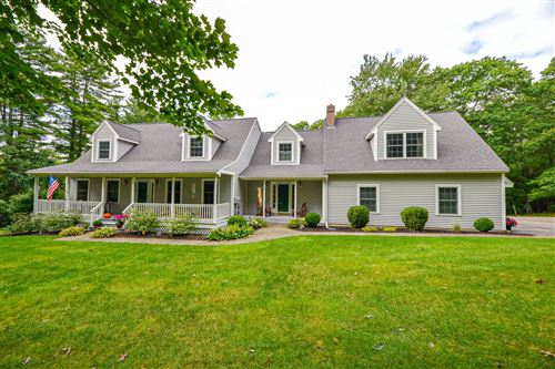 Photo of 12 Oaklands Road, Exeter, NH 03833 (MLS # 4883142)