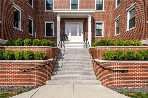 Photo of 211 Union Street #203, Portsmouth, NH 03801 (MLS # 4819151)