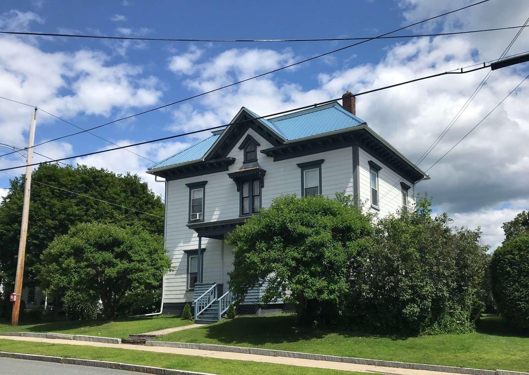 324 Cliff Street, Saint Johnsbury, VT 05819 - MLS#: 4824181