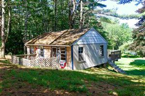 Photo of 10 Lakeview Drive, Northwood, NH 03261 (MLS # 4763213)