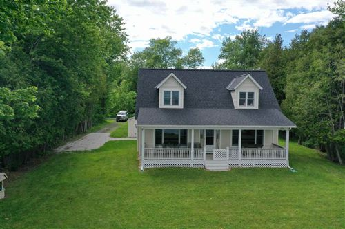 Photo of 998 Holiday Point Road, North Hero, VT 05474 (MLS # 4794299)
