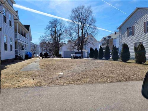 Photo of 341 Lake Avenue, Manchester, NH 03103 (MLS # 4854306)