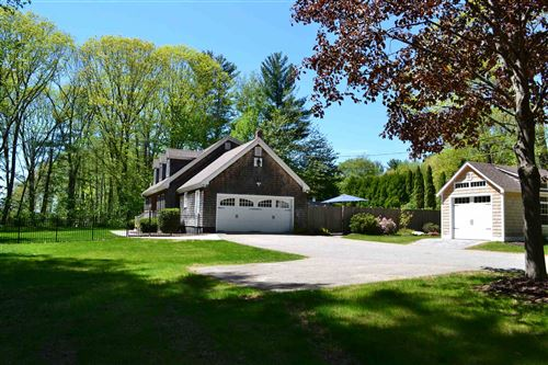 Photo of 429 Middle Road, Dover, NH 03820 (MLS # 4800321)