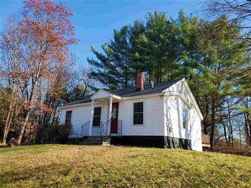 Photo of 526A Mammoth Road, Londonderry, NH 03053 (MLS # 4787324)