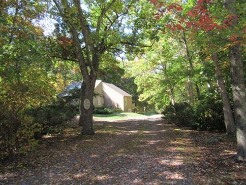 Photo of 24 Golden Oaks Drive, Salem, NH 03079 (MLS # 4831338)