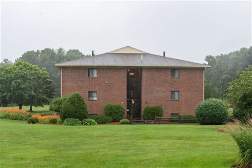 Photo of 231 Abbott Farm Lane, Hudson, NH 03051 (MLS # 4870353)