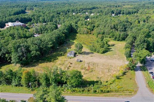 Photo of 316 South Road, Brentwood, NH 03833 (MLS # 4884355)