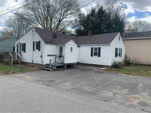Photo of 13 Warren Avenue, Exeter, NH 03833 (MLS # 4856394)