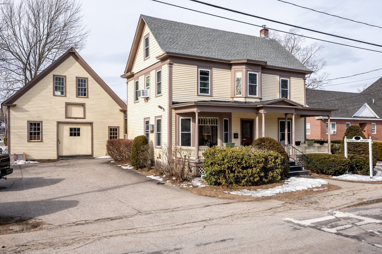 11 Pleasant Street, Farmington, NH 03835 - MLS#: 4850413