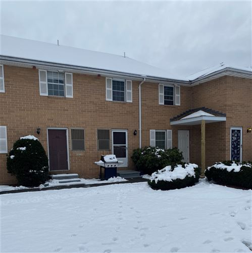 Photo of 104 Elmwood Drive, Hudson, NH 03051 (MLS # 4841418)