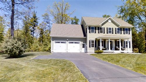 Photo of 8 Gable Drive, Epping, NH 03042 (MLS # 4807478)