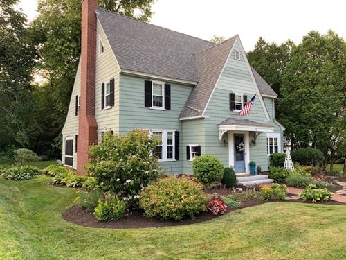 Photo of 118 Franklin Street, Concord, NH 03301 (MLS # 4800500)