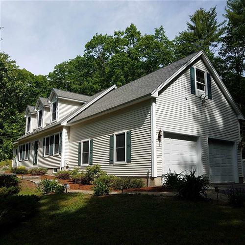 Photo of 1 Twilight Farm Lane, Amherst, NH 03031 (MLS # 4799504)