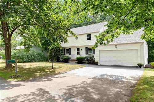 Photo of 10 Crestview Drive, Exeter, NH 03833 (MLS # 4821553)