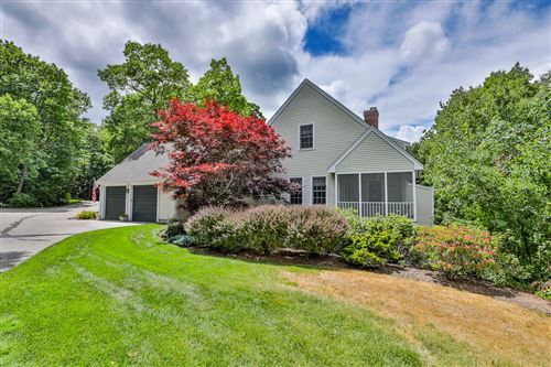 Photo of 9 Gowing Lane, Amherst, NH 03031 (MLS # 4814685)