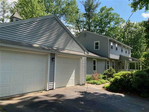 Photo of 4 Olde Coach Road, Derry, NH 03038 (MLS # 4808756)