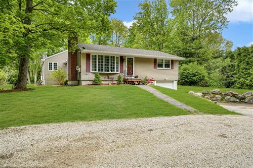 Photo of 5 Weymouth Road, Londonderry, NH 03053 (MLS # 4807766)