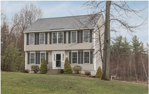 Photo of 35 Drew Woods Drive, Derry, NH 03038 (MLS # 4790815)