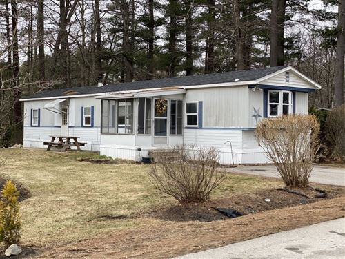 Photo of 39 Ridgefield Drive, Nashua, NH 03062 (MLS # 4799816)
