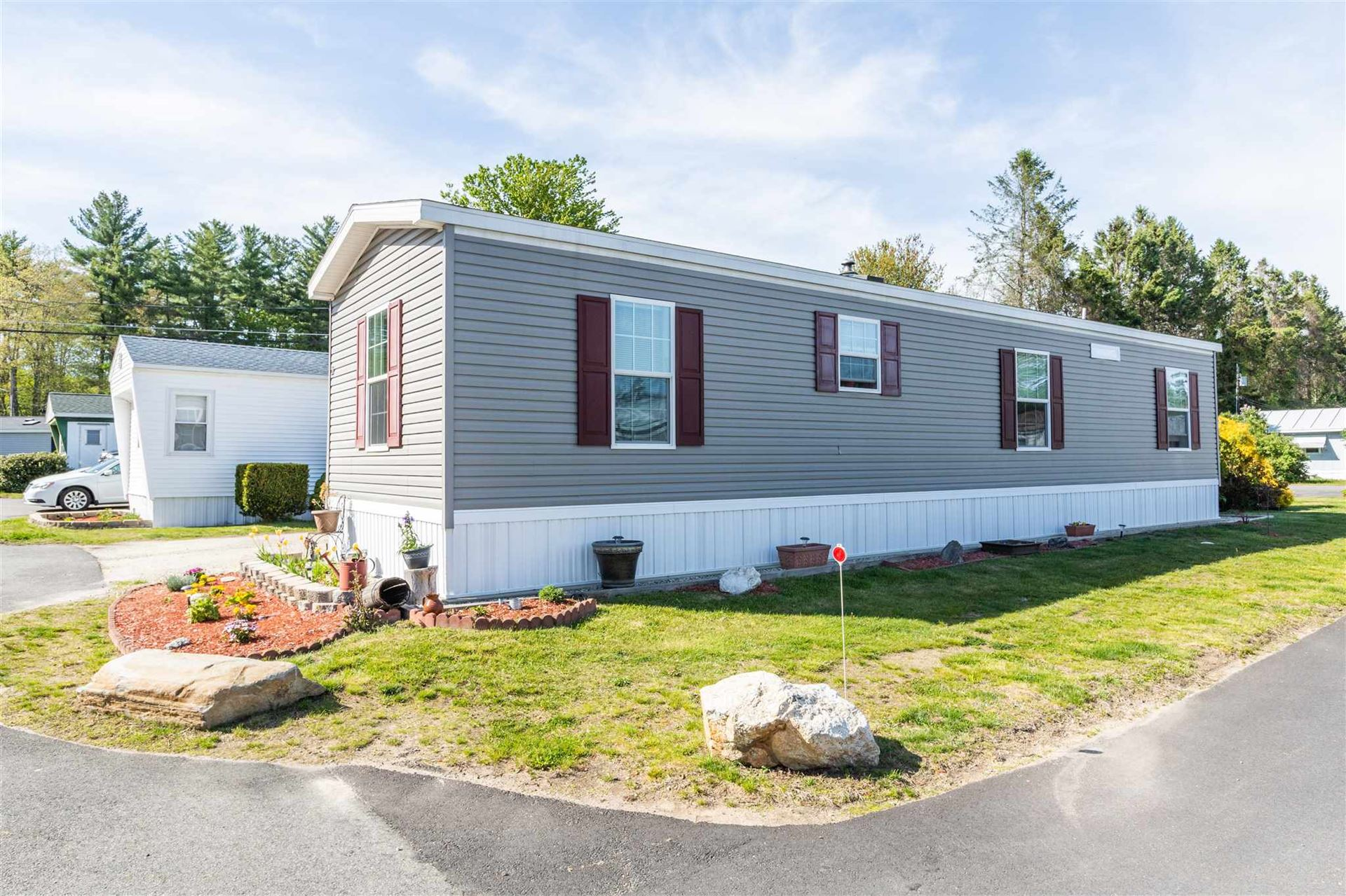 27 Barksdale Avenue, Londonderry, NH 03053 - #: 4807845