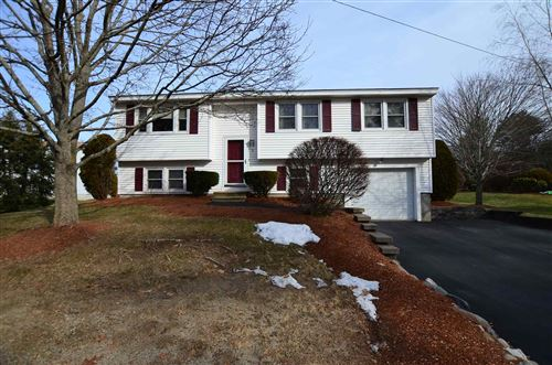 Photo of 3 Copperfield Drive, Nashua, NH 03062 (MLS # 4844914)