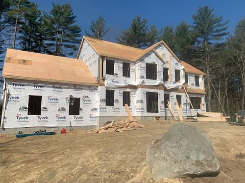 Photo of 6 Green Haven Road, Salem, NH 03079 (MLS # 4801922)
