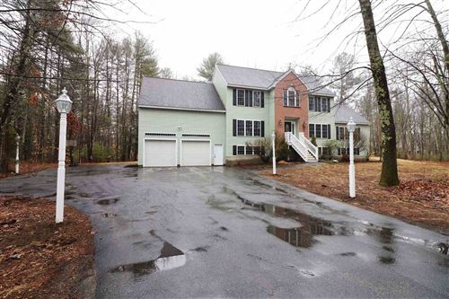 Photo of 72 Drinkwater Road, Exeter, NH 03833 (MLS # 4798923)