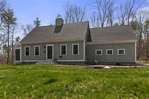 Photo of 102 Hayes Road, Madbury, NH 03823 (MLS # 4859934)