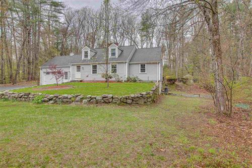 Photo of 163 WALLACE Road, Bedford, NH 03110 (MLS # 4804960)